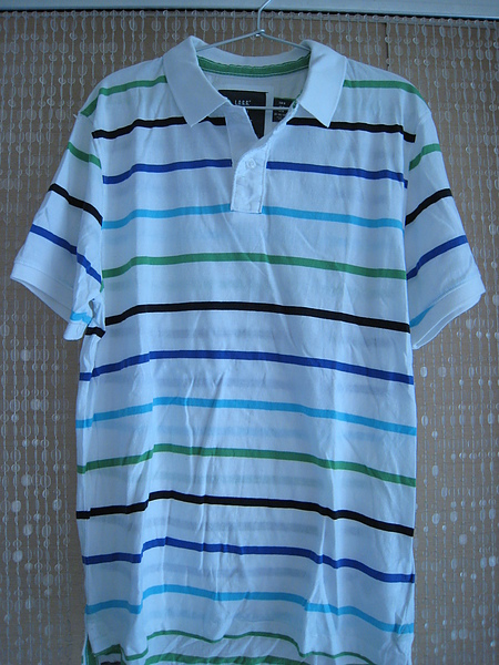 H&M彩色條紋白底POLO衫3 1280元 604700.JPG