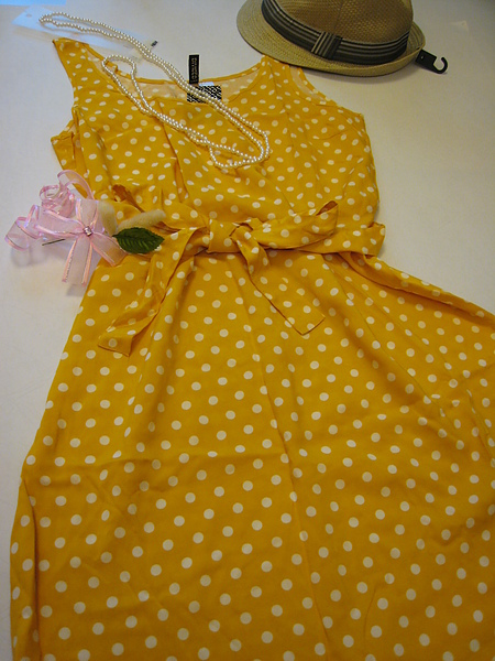 復古風水玉短洋裝 351520.JPG