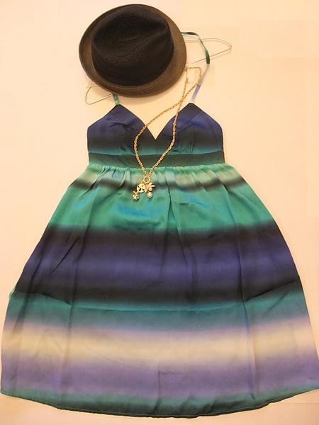 低胸漸層性感小洋裝 344540-2.JPG