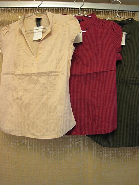 V領小包袖襯衫 302010.JPG
