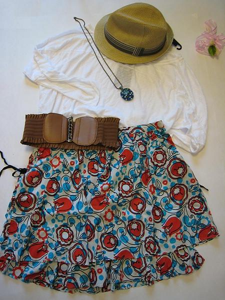 I.T. a+ab 復古小藍花短裙 15131.JPG