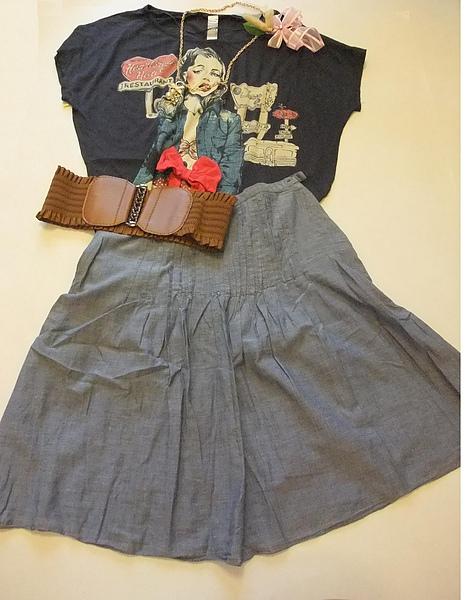 單寧短裙 537250.JPG