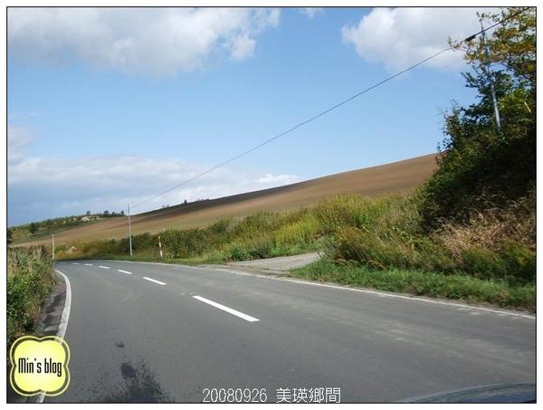 DSCF8154 美瑛鄉間.JPG