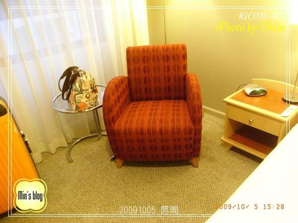 R0019537 房間.JPG