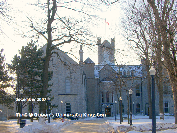 QueensU08.png