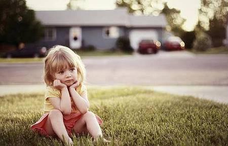 小女孩.jpg