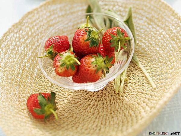 Fruit-Strawberry.jpg