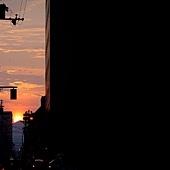 街燈-日出.jpg