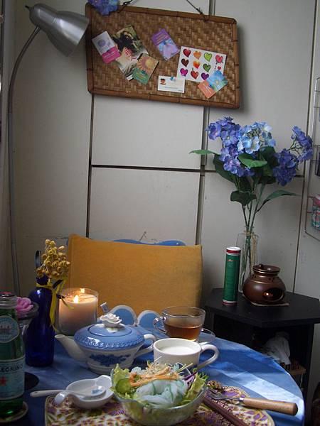 這是我假日午后看書喝茶的地方