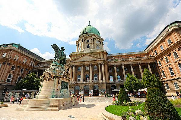 Budapest_180605_0088.jpg