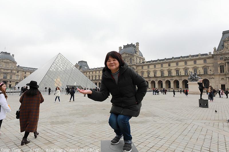 Paris_1901_0747.jpg