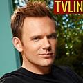 Emmys_2011_JMcHale_600110601111557.jpg