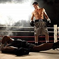 Lights_Out_S1_Holt_McCallany_009_tn.jpg