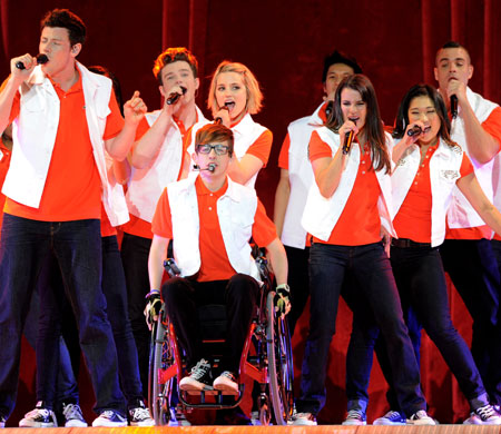 Cast-Glee-Live-In-Concert-Stapes-Center-Los-Angeles-CA-05282011-Lead01.jpg