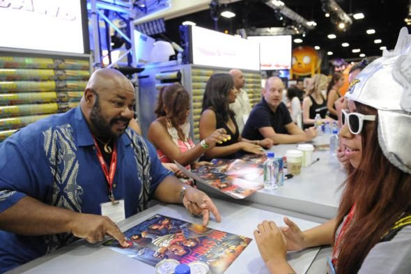 The_Cleveland_Show_Comic_Con_2-2675_595.jpg