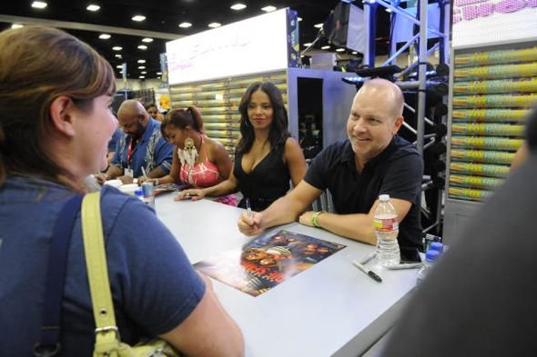 The_Cleveland_Show_Comic_Con_4-2677_595.jpg