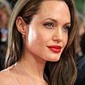 Angelina Jolie,.jpg