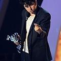 lady-gaga-2011-mtv-vmas-video-music-awards-08282011-18-430x605.jpg