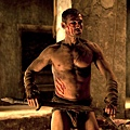 andy-whitfield-spartacus-09122011-01.jpg