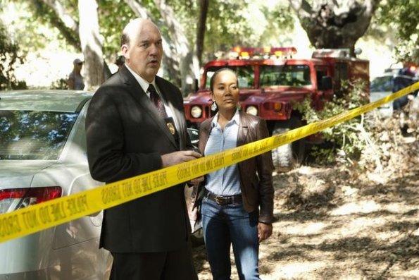Body of Proof S02E01 (9).jpg