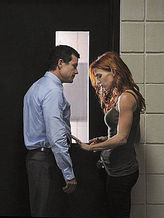 Unforgettable S01E02 (11).jpg