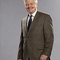 HOW-TO-BE-A-GENTLEMAN-CBS-Cast-Photos-3.jpg