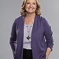 HOW-TO-BE-A-GENTLEMAN-CBS-Cast-Photos-6.jpg
