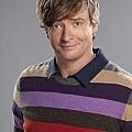 HOW-TO-BE-A-GENTLEMAN-CBS-Cast-Photos.jpg