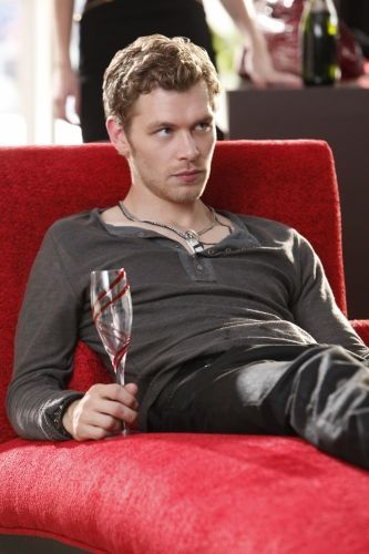 The Vampire Diaries s03E04 (2).jpg