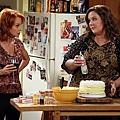 MIKE & MOLLY  S02E02 (1).jpg