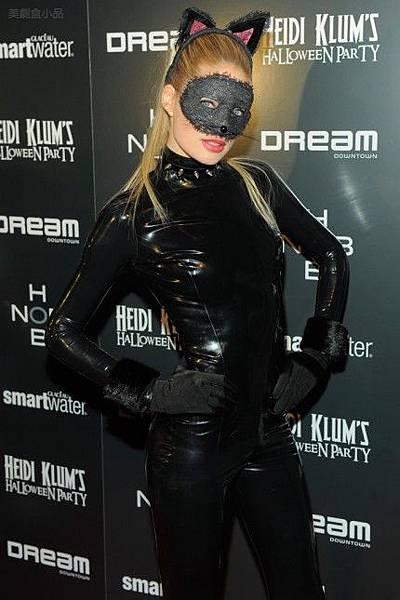 heidi-klum-nyc-halloween-party- (18).jpg