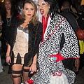 adam-levine-halloween-party-11022011-05-430x645.jpg