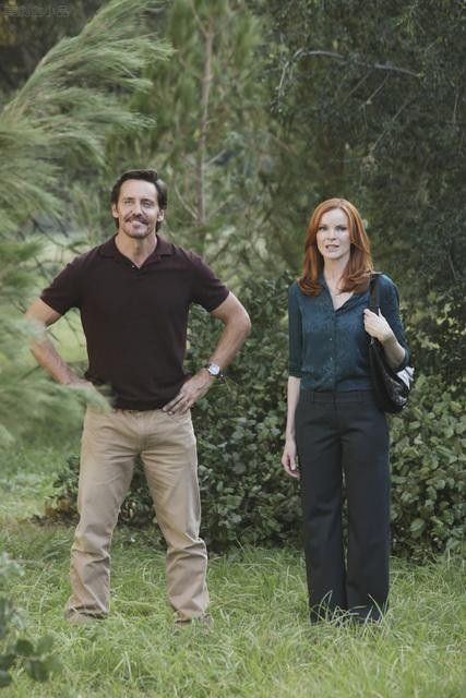 Desperate Housewives 8x6 (1).png