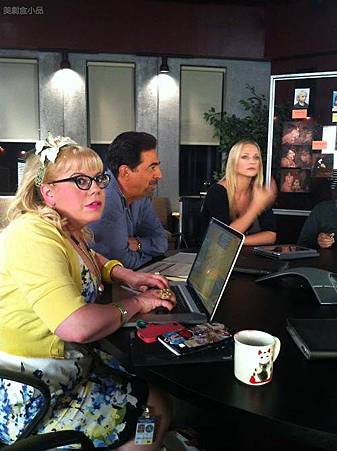 Criminal Minds s7 set 12 28 (1).jpg