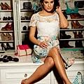 lea-michele-candies-01262012-07-435x580.jpg