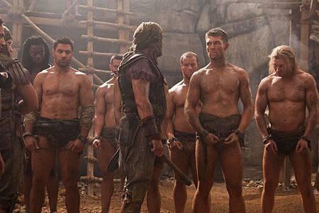 Spartacus - Vengeance 2x3 (4).jpg