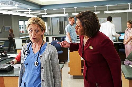 Nurse Jackie4x1 (2)