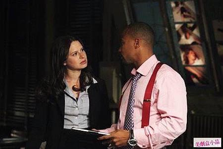 scandal 1x1 (27)