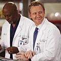 Grey's Anatomy8x20 (12)