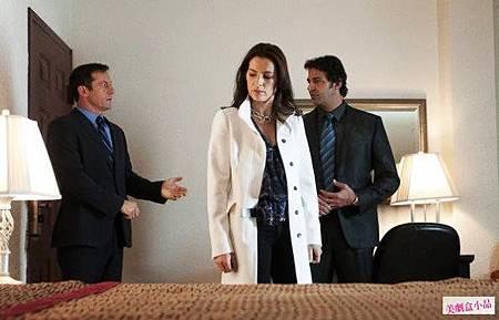 Awake 1x8 (2)