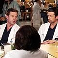 Grey's Anatomy 8x22 (2)