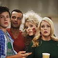 Melissa and Joey 2x1 (7)
