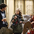 Melissa and Joey 2x2 (4)