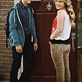 Melissa and Joey 2x2 (10)