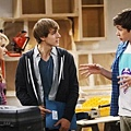 Melissa and Joey 2x2 (11)