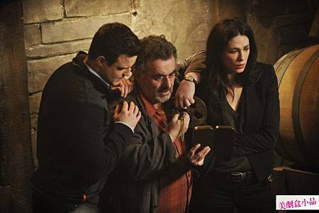 Warehouse 13 4x1 (1)