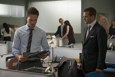 Suits 2x10 (1)