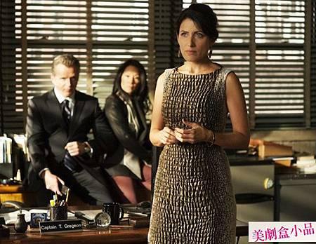 Elementary 1x8 (7)