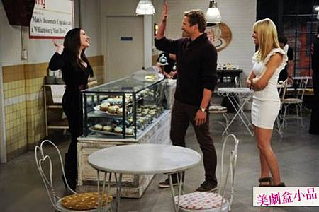 Two Broke Girls 2x10 (2)