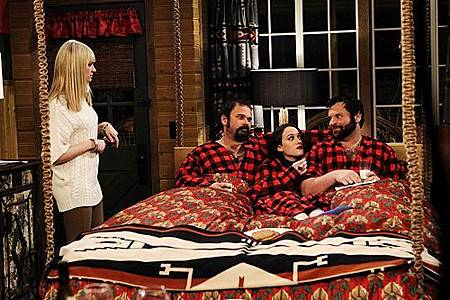Two Broke Girls 2x13 (1)